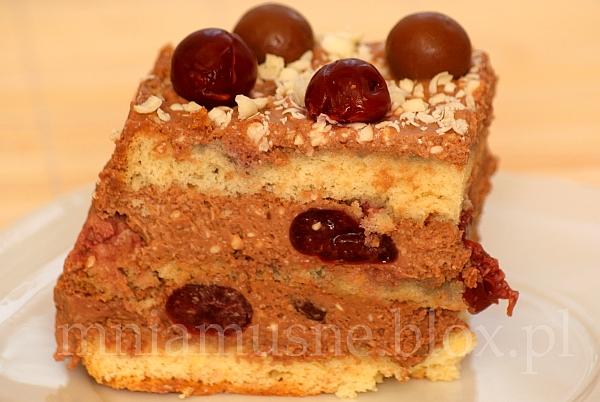 Ciasto tortowe czekoladowo-wiśniowe