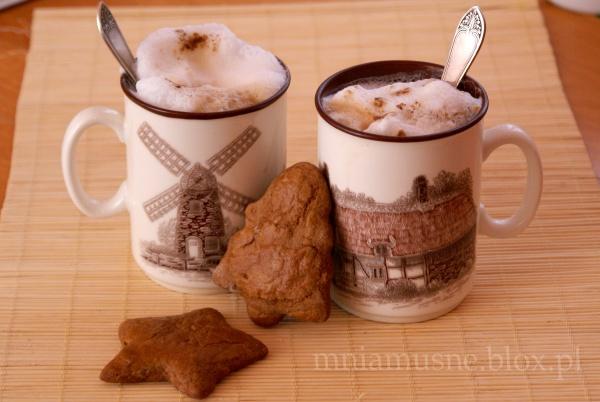 Kawa i pierniczki