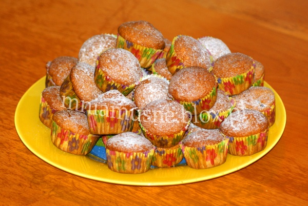 Minimuffinki z żurawiną