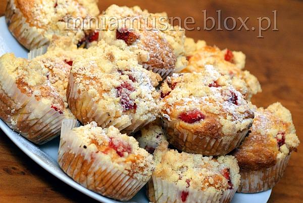 Muffinki truskawkowe z kruszonką