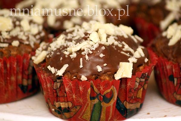 Korzenne muffinki  z jabłkiem, marchwią i imbirem