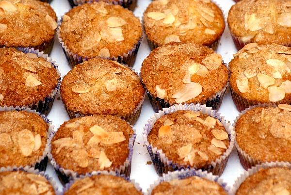 Muffinki z ananasem