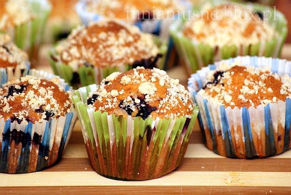 Muffinki  (czarno)porzeczkowe