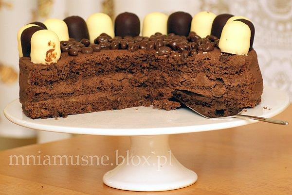 Mocno czekoladowy tort piaknowy
